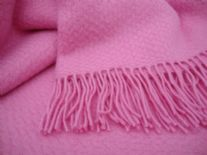 pink wafer pure wool throw blanket detail01