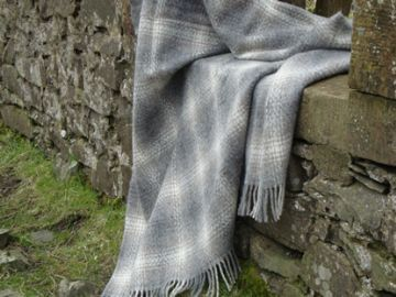 natural ombre brown blanket throw 01