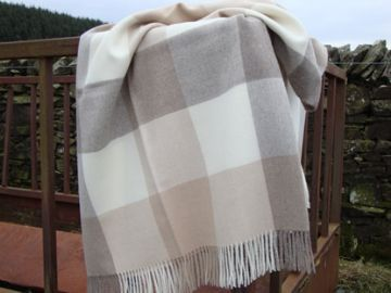 natural caramel check alpaca throw blanket wrap01