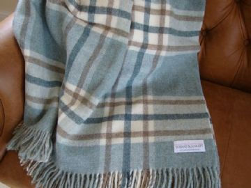 aqua blue arncliffe shetland wool blanket throw 01