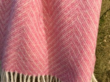 pink herringbone blanket throw 02